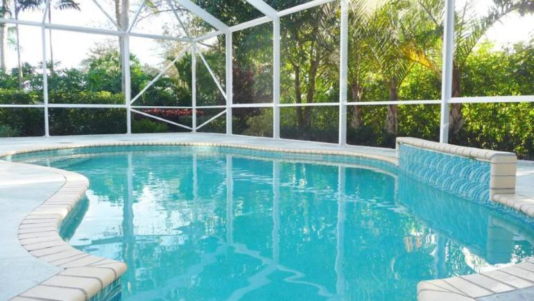 Avail Best Pool Cleaning Services in Boca Raton to Get a Crystal Clear Pool