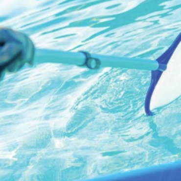 What Are The Important Factors To Consider Before Choosing Pool Cleaning Services?
